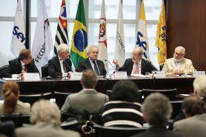 Reuniao_Cons_Econ_Sociol_Politica_Persio-Arida-Everardo-Maciel-mai-18---3