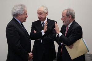 Paulo-Delgado-com-Pérsio-Arida,-ex-presidente-do-Banco-Central,-e-Everardo-Maciel,-ex-Secretário-da-Receita-Federal1
